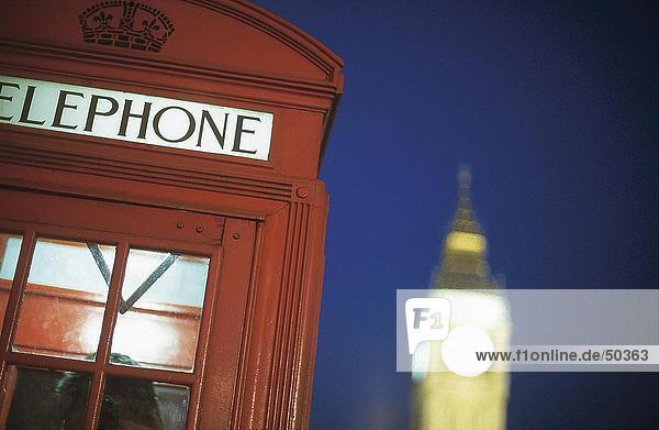 telefonzelle beleuchtet bei nacht big ben london england lizenzpflichtiges bild. Black Bedroom Furniture Sets. Home Design Ideas