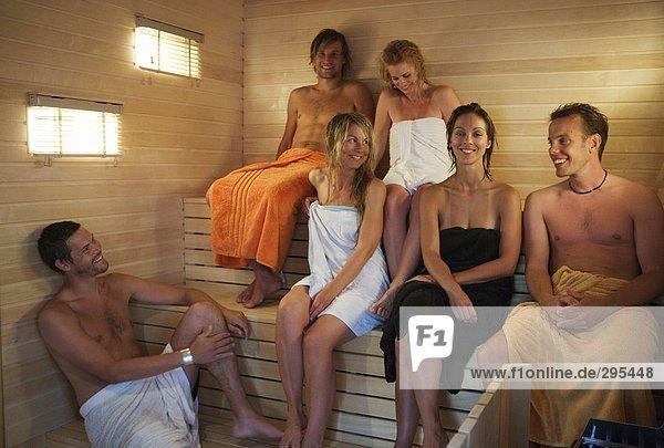 seks-v-saune-film