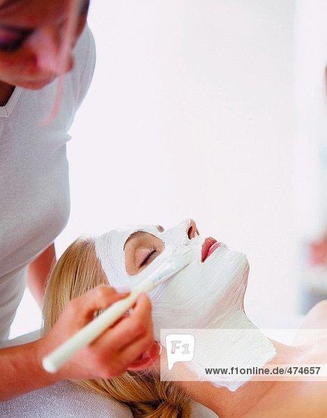 Frau immer Gesichtsmaske