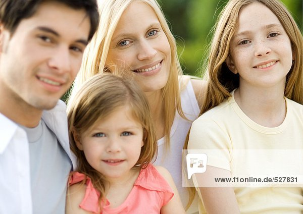 Family portrait - Royalty Free Image - F1online Stock Photo Agency 527831