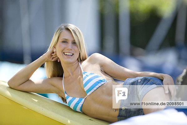 close ups close ups oben bikini close up frau hoch. Black Bedroom Furniture Sets. Home Design Ideas