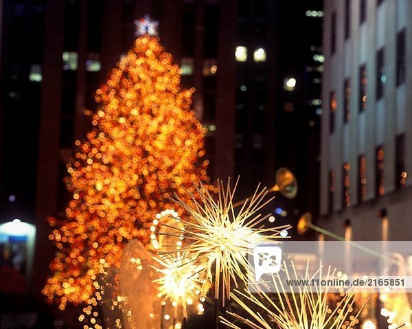 weihnachtsbaum in rockefeller center manhattan nyc usa. Black Bedroom Furniture Sets. Home Design Ideas