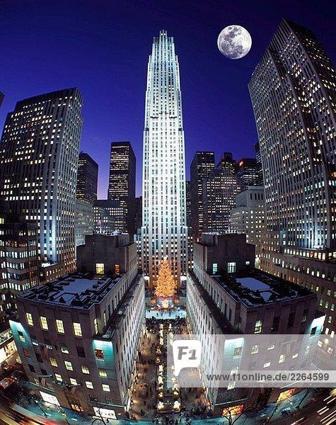 Weihnachten rockefeller center midtown manhattan new york usa lizenzpflichtiges bild - Lightbox weihnachten ...