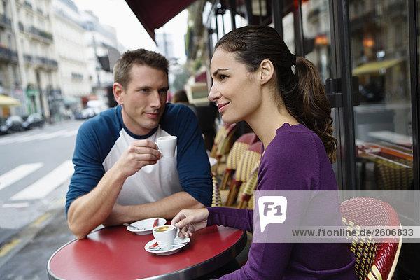Frau sucht mann in frankreich