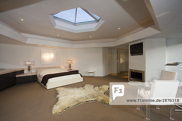 Luxuri ses innendesign schlafzimmer lizenzfreies bild for Innendesign englisch