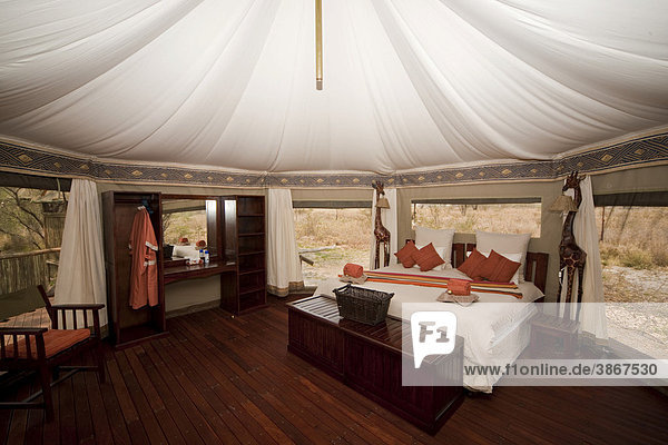 afrikanisch baobab bett botsuana botsuanisch botswanisch edel edle eines fremdenverkehr. Black Bedroom Furniture Sets. Home Design Ideas