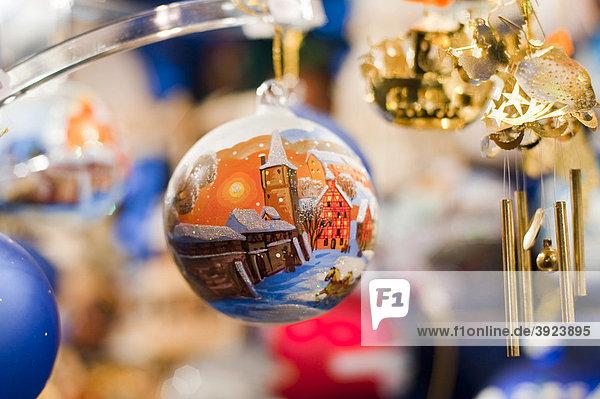 Bayern christkindlesmarkt deutschland europa franken - Christbaumkugel englisch ...