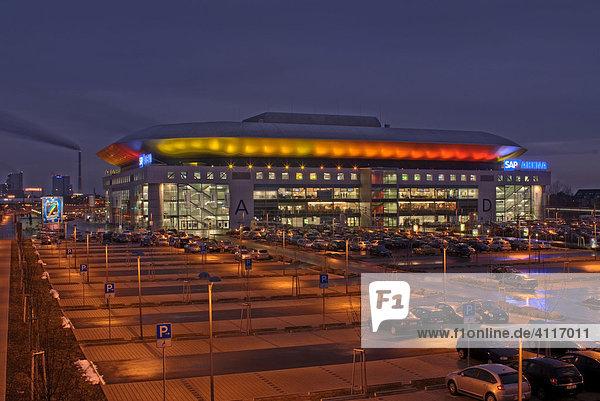 sap arena mannheim deutschland am fr hen abend w hrend einer veranstaltung zur handball wm. Black Bedroom Furniture Sets. Home Design Ideas