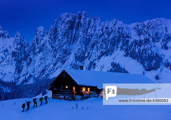 abenteuer advent alpen be berge fr freizeit. Black Bedroom Furniture Sets. Home Design Ideas