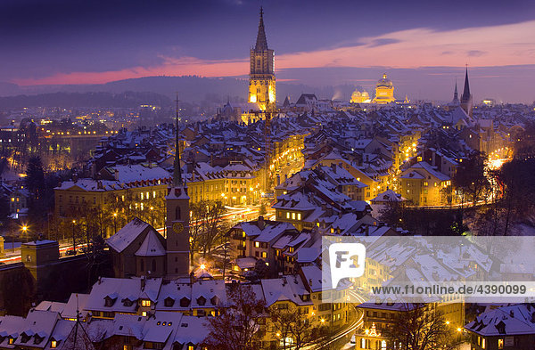advent altstadt be kanton bern nacht schnee schweiz. Black Bedroom Furniture Sets. Home Design Ideas