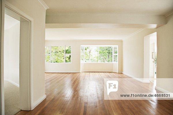 Leeres Wohnzimmer Mit Weißen Wänden