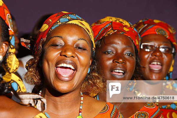 Afrika, Bamenda, Hochzeit, Kamerun, Kirchenchor,Frauen