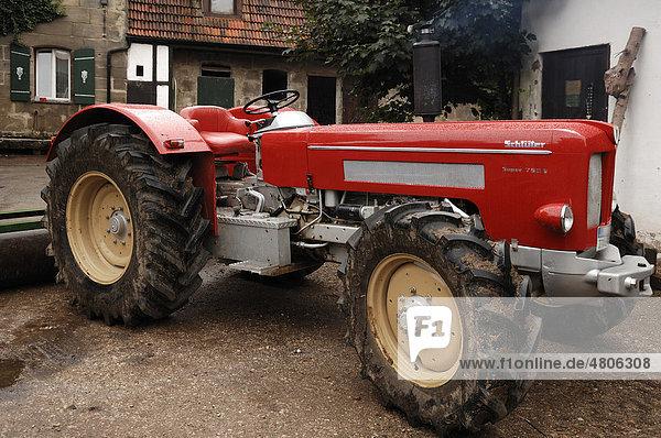 schl ter oldtimer traktoren kaufen gebrauchte traktoren. Black Bedroom Furniture Sets. Home Design Ideas