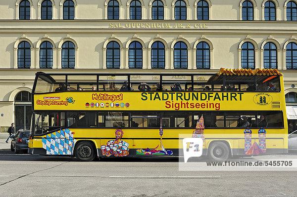 bayern deutschland europa m nchen stadtrundfahrt citysightseeing bus lizenzpflichtiges bild. Black Bedroom Furniture Sets. Home Design Ideas