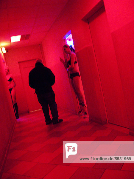 prostituierte englisch prostituierte pflegeheim