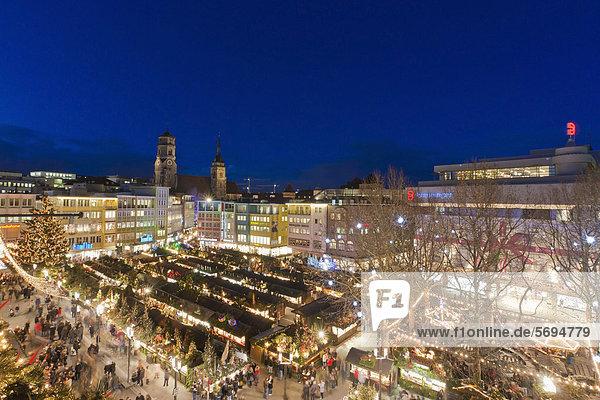 baden w rttemberg deutschland europa kaufhaus breuninger stuttgart weihnachtsmarkt auf dem. Black Bedroom Furniture Sets. Home Design Ideas