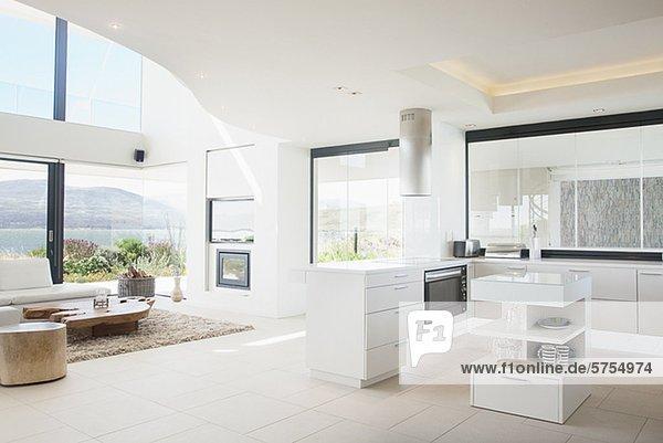 Moderne wohnzimmer mit offener küche  Kuche Mit Wohnzimmer Modern