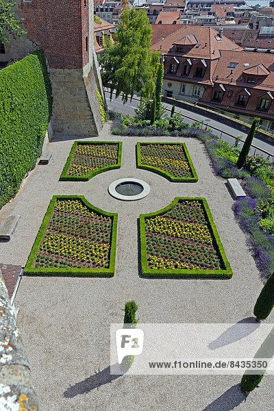 architektur ,baum ,baustelle ,blume ,dach ,europa ,garten ,gebäude, Garten und erstellen