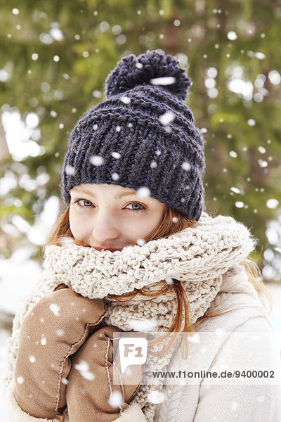 Frau,Hut,Schal,Kleidung,Schnee