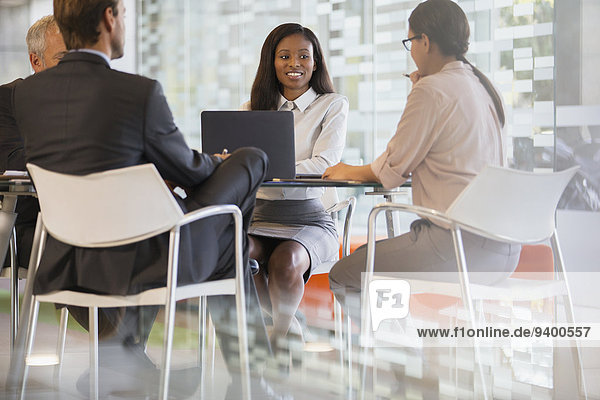 sprechen,Mensch,Menschen,Geschäftsbesprechung,Besuch,Treffen,trifft,Business