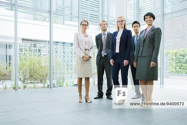 Mensch,Büro,Menschen,geselliges Beisammensein,Gebäude,Business