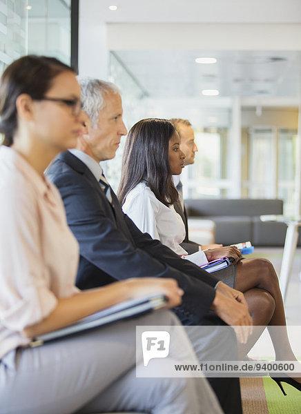 sitzend,Zusammenhalt,Mensch,Büro,Menschen,Business