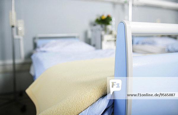 leer,Krankenhaus,Bett