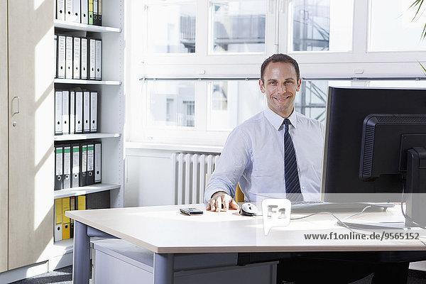 benutzen,Computer,Geschäftsmann,Büro