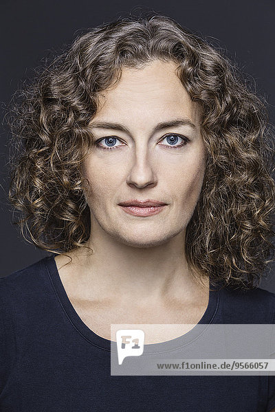 Portrait,Frau,grau,Hintergrund,Close-up,Hoffnung