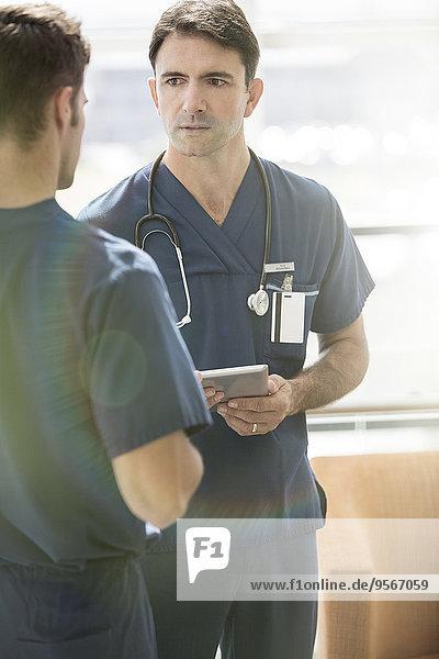 Computer,sprechen,Arzt,halten,2,1,Tablet PC