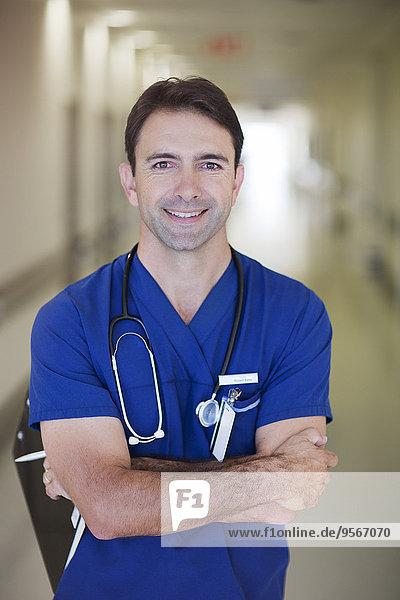 Korridor,Korridore,Flur,Flure,Portrait,Arzt,Krankenhaus