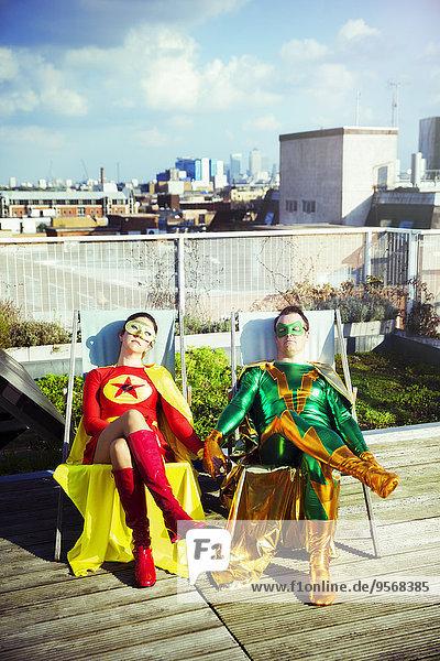Dach,sitzend,Superheld,Großstadt