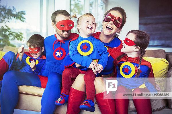 lachen,Couch,Superheld