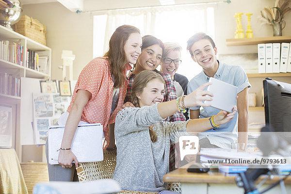 Jugendlicher,nehmen,Tablet PC