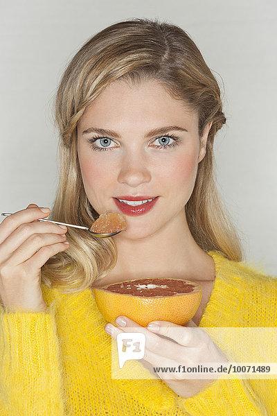 Portrait,Frau,Schönheit,Pampelmuse,essen,essend,isst