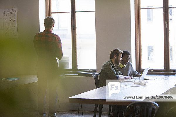 Mensch,Notebook,Kreativität,Büro,Menschen,arbeiten,Business