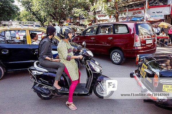 Vollbusige Indische Schlampe Im Self-Service