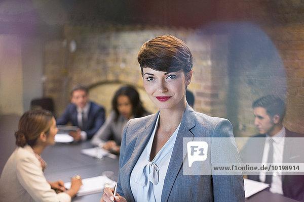 Portrait,Geschäftsfrau,Geschäftsbesprechung,Zimmer,Besuch,Treffen,trifft,Hoffnung,Konferenz