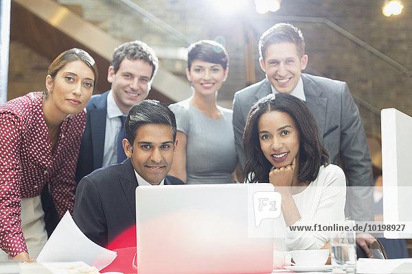 Portrait,Mensch,Notebook,Büro,Menschen,Hoffnung,Business