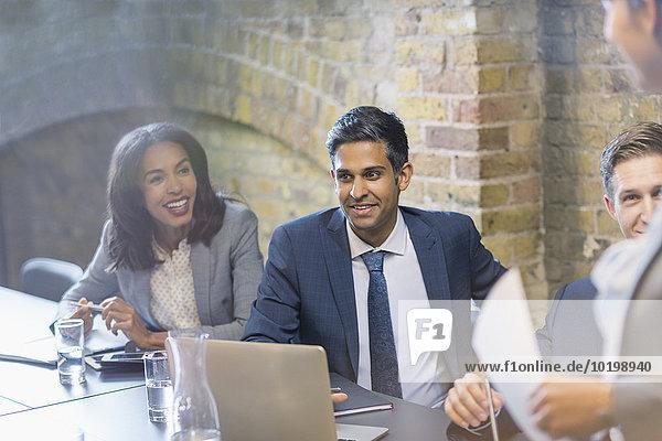 Mensch,Geschäftsbesprechung,Menschen,Zimmer,Besuch,Treffen,trifft,Business,Konferenz