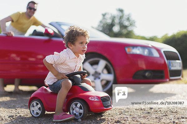 sehen,Menschlicher Vater,Sohn,Cabrio,Spielzeug