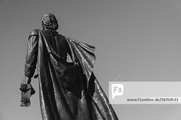 niedrig,durchsichtig,transparent,transparente,transparentes,Himmel,Statue,Ansicht,Flachwinkelansicht,Kolumbusstatue,Winkel,Columbus