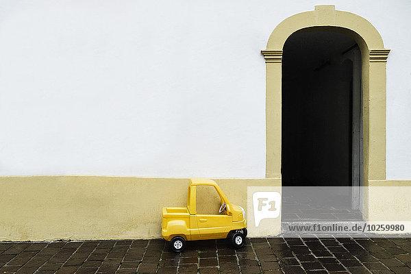Wohnhaus,Auto,gelb,Spielzeug