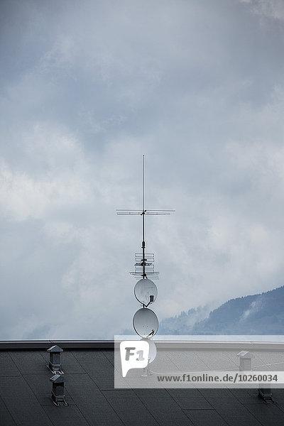 Dach,Wolke,Himmel,Fernsehen,Fernsehantenne