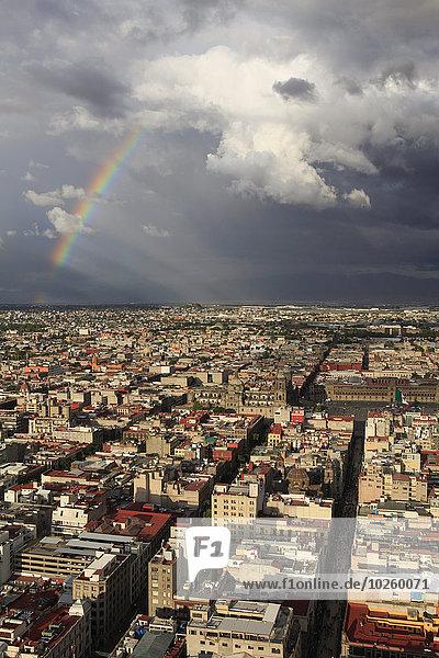 hoch,oben,Stadtansicht,Stadtansichten,Wolke,Himmel,Ansicht,Flachwinkelansicht,Winkel