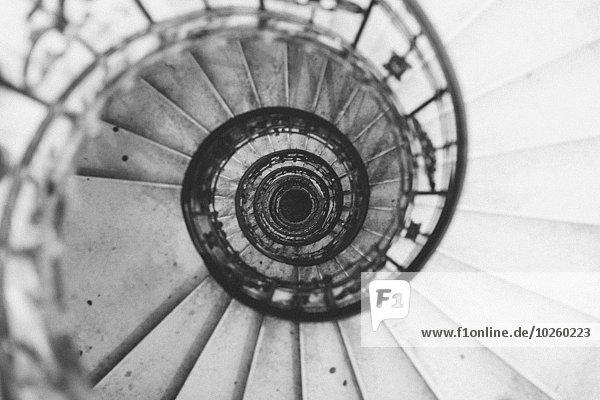 spiralförmig,spiralig,Spirale,Spiralen,spiralförmiges,über,Treppenhaus,schießen,gerade,Basilika