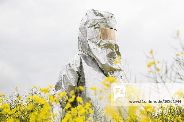 stehend,Mensch,Feld,Radioaktivität,Schutz,Raps,Brassica napus