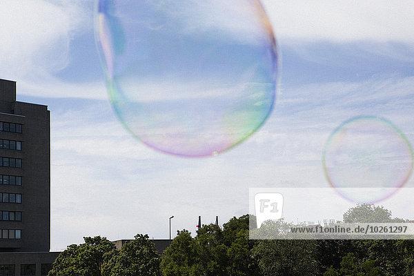 Himmel,Blase,Blasen,groß,großes,großer,große,großen,In der Luft schwebend