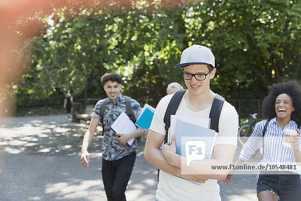gehen,Student,Hochschule
