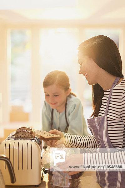 Brot,Küche,Tochter,Mutter - Mensch